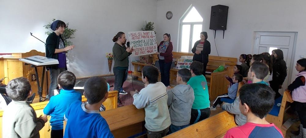 Singing time in Daneș